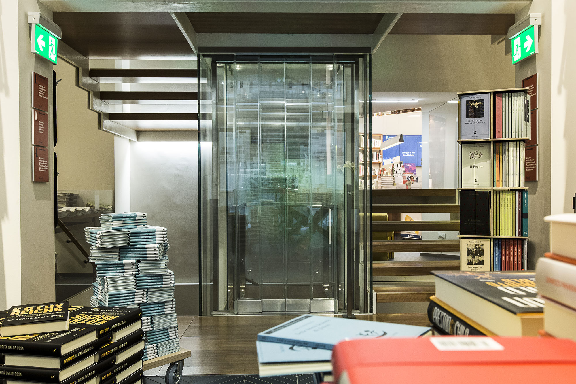 Luxury Glass Vertical Lift  for the Rizzoli Bookshop in Milan (Italy)