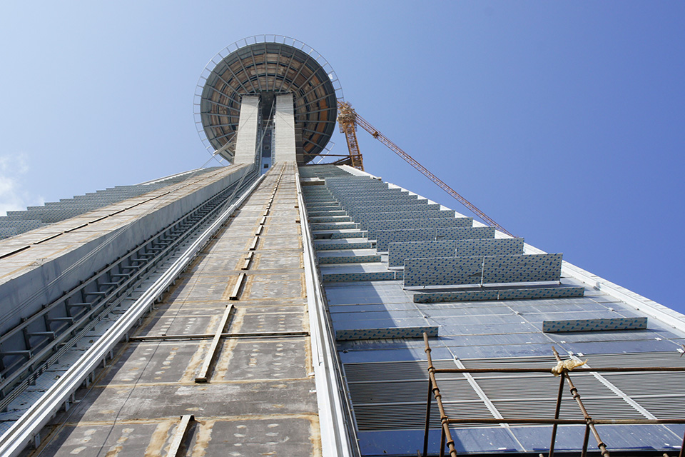 Inclined Lift at Jeddah Business Park, Saudi Arabia